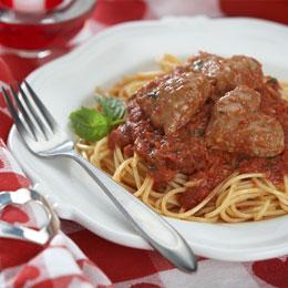 San Valentino: gli spaghetti con le polpette a forma di cuore