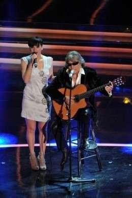 Sanremo 2012, abiti e look delle cantanti in gara nella terza serata