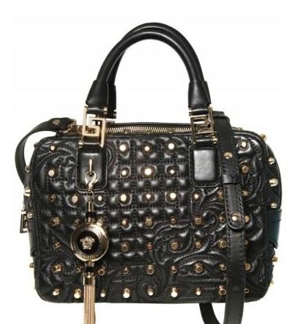 Borse Versace, tra le novità il bauletto Baroque in pelle con borchie