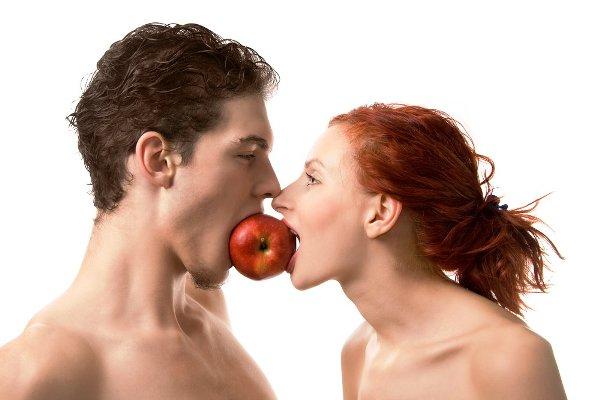 Condividere il cibo è una prova d'amore, le coppie che lo fanno sono più unite