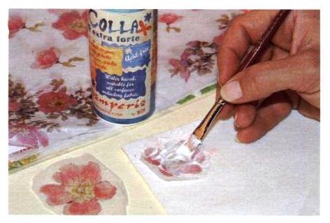 Come applicare i fiori al panno
