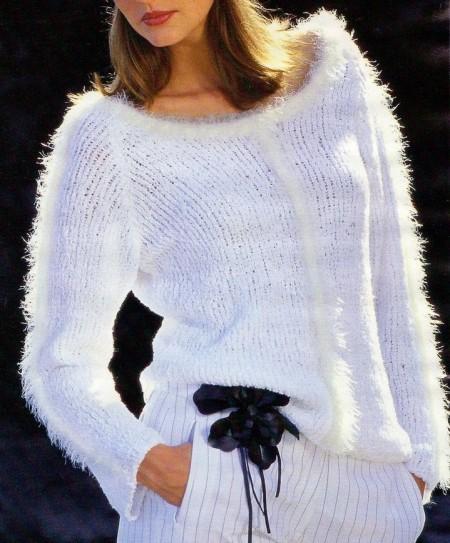 Lavori a maglia: una t-shirt con filato cotonato