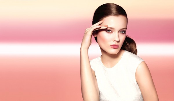 Il make up per la primavera 2012 si tinge di rosa