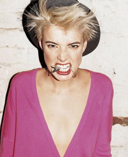 Agyness Deyn da top model a stilista per Dr Martens