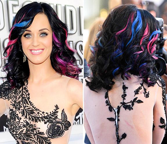 capelli scuri colpi di sole colorati katy perry