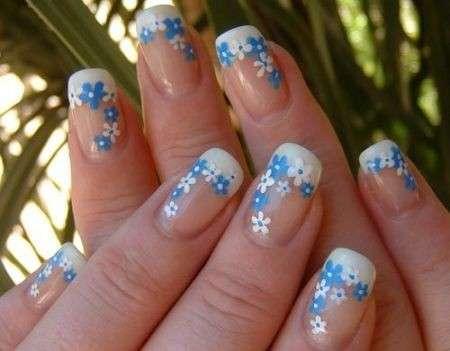 Decorazione unghie fai da te: idee trendy e semplici da realizzare [FOTO]