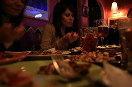donne a cena fuori