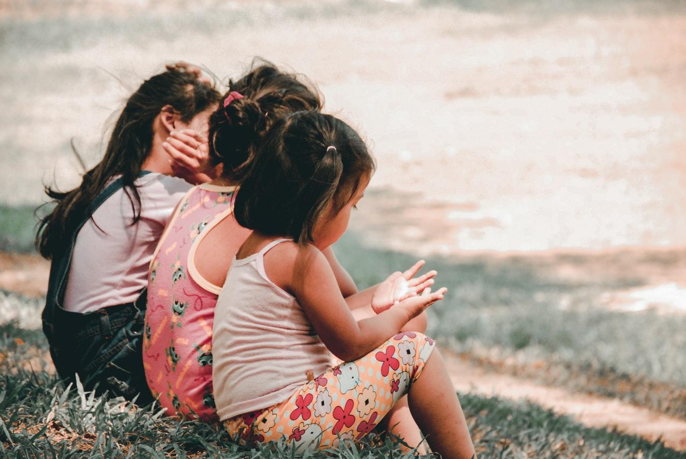 Filastrocche per bambini per imparare semplici concetti