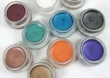 Trucco occhi, i nuovi ombretti Color Tattoo di Maybelline [FOTO]