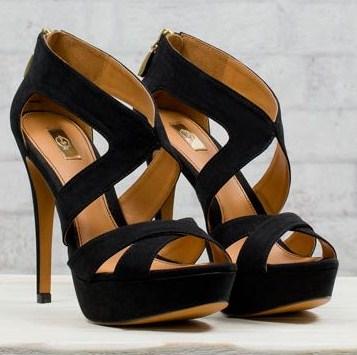 stradivarius sandali neri