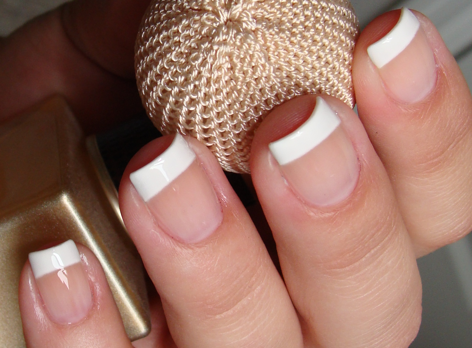 french manicure classica