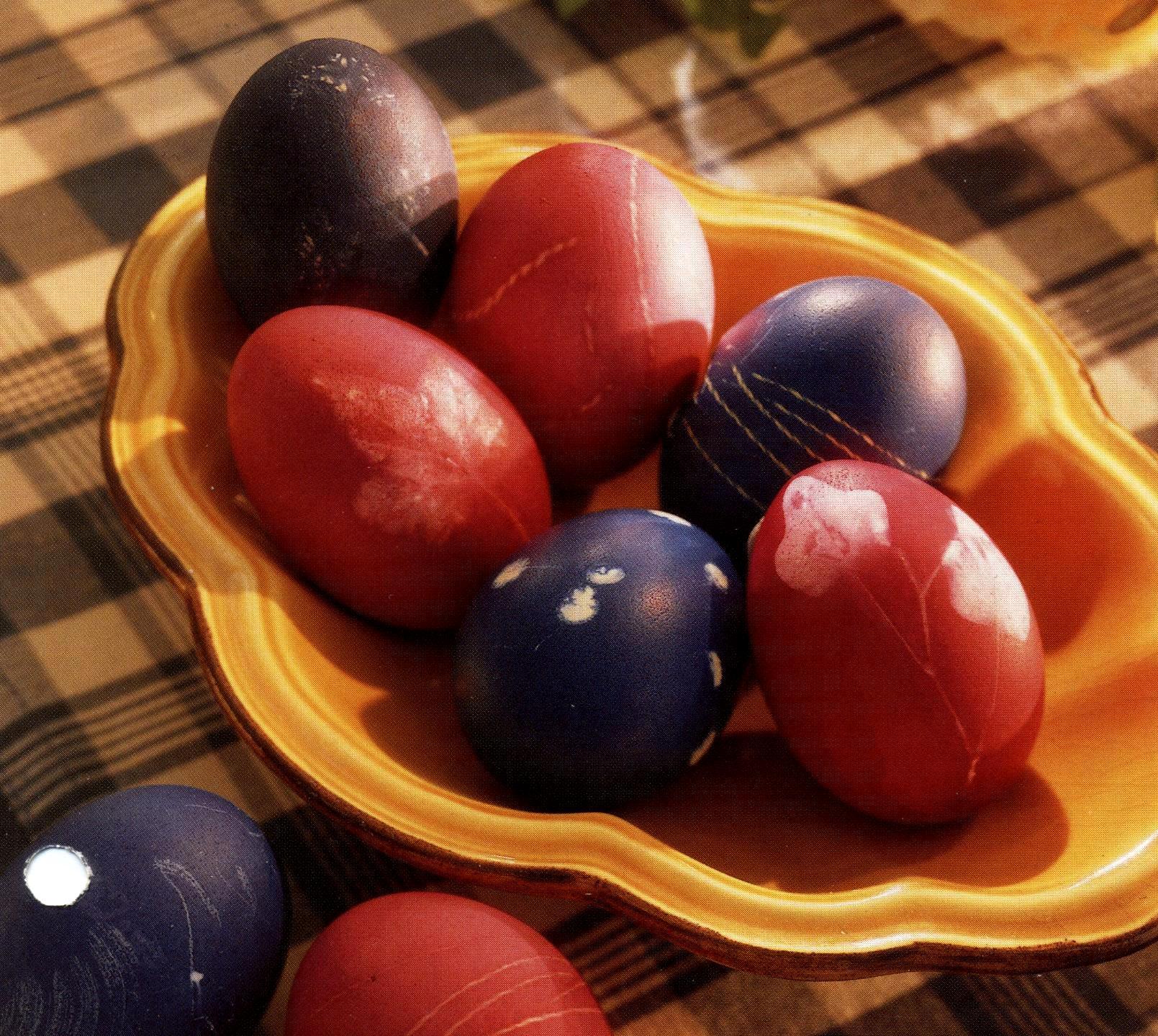 Decorare con fantasia le uova di pasqua pourfemme - Decorare uova di pasqua ...