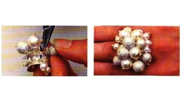 Illustrazioni anello argento e perle