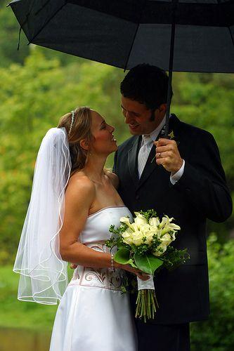 matrimonio con pioggia stile