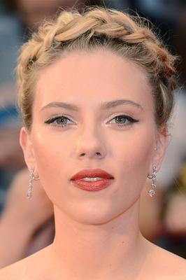 Copia la treccia in stile bohemien di Scarlett Johansson