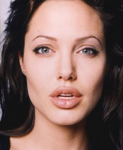Angelina Jolie dieta per ingrassare