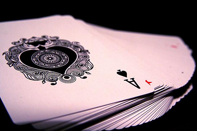 Giochi fai da te per i bambini, le carte da gioco per imparare a contare e leggere