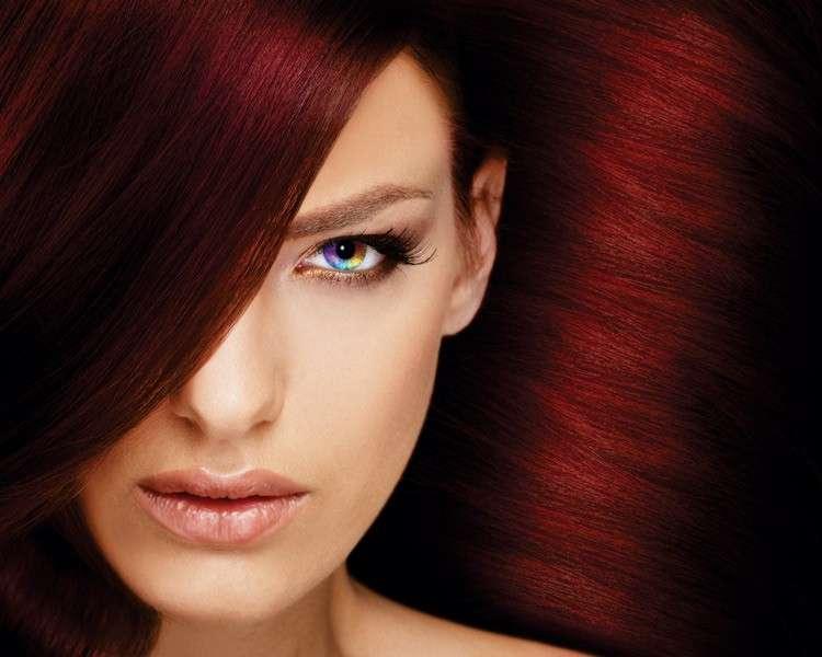 Capelli rossi tinti, come scegliere e far durare a lungo il colore
