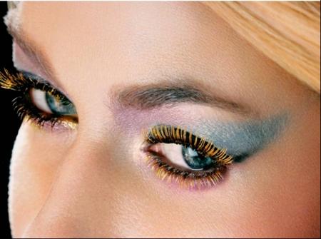 Come utilizzare il mascara colorato