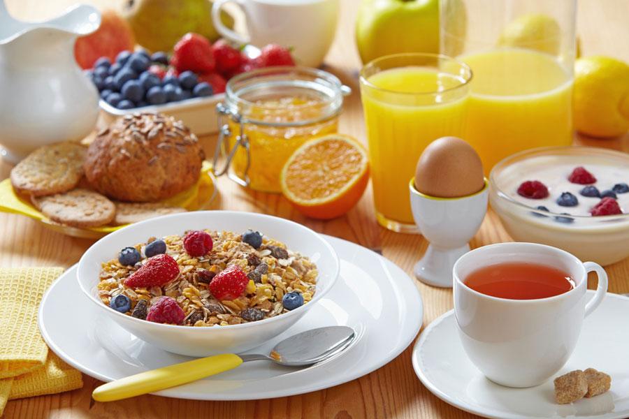 Dimagrire con la colazione giusta, ecco cosa mangiare