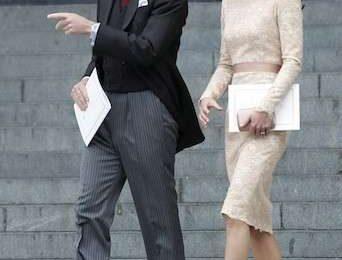 Kate Middleton sceglie un abito di pizzo Alexander McQueen [FOTO]