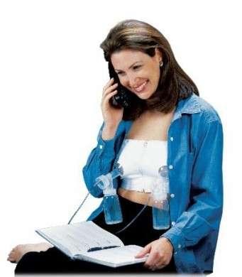 Allattamento al seno, come e quando usare il tiralatte [FOTO]