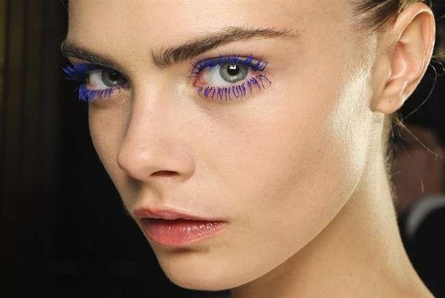 Trucco occhi in estate, via libera ai mascara colorati [FOTO]
