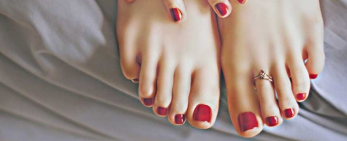 pedicure rossa estate