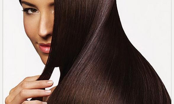 Cura capelli secchi e sfibrati: il trattamento al botulino