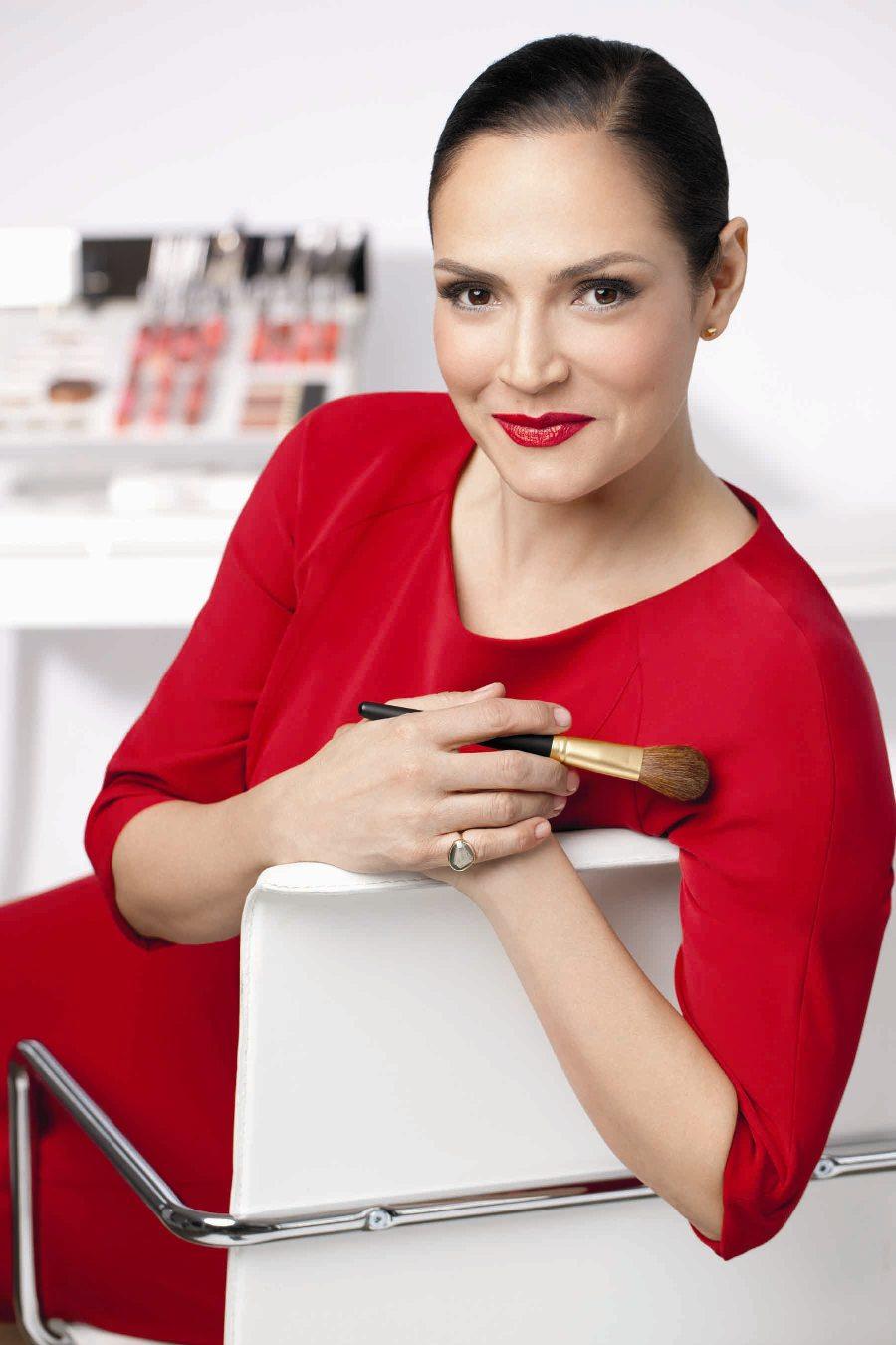 Elizabeth Arden si rifà il look, tutte le novità beauty del brand