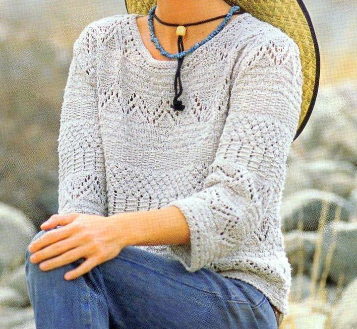 Lavori a maglia per realizzare un pull beige con fasce fantasia