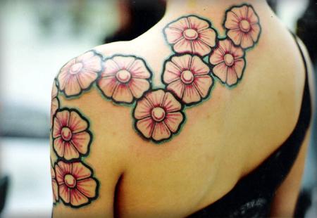 Tatuaggi a tema floreale
