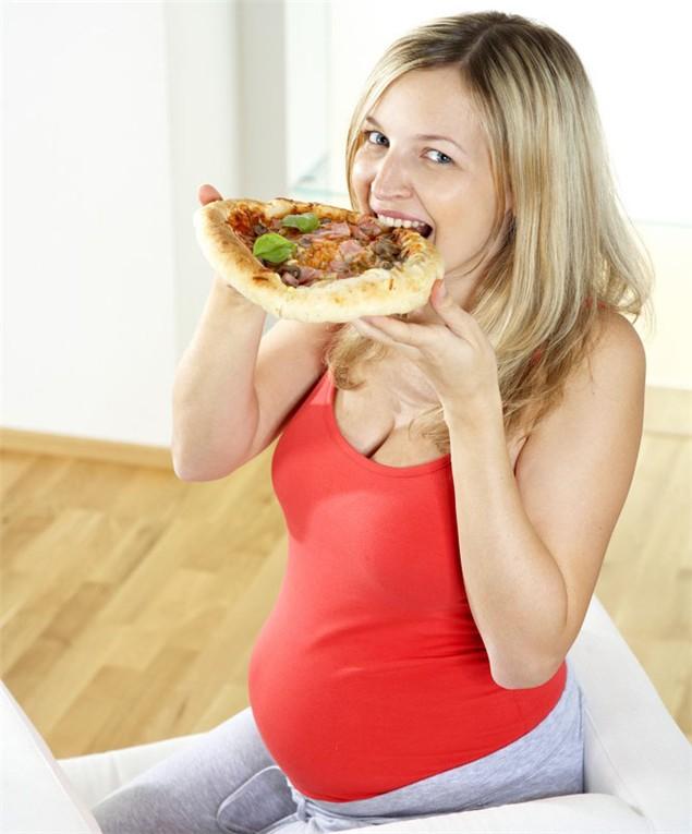 Voglie in gravidanza, solo una credenza popolare?