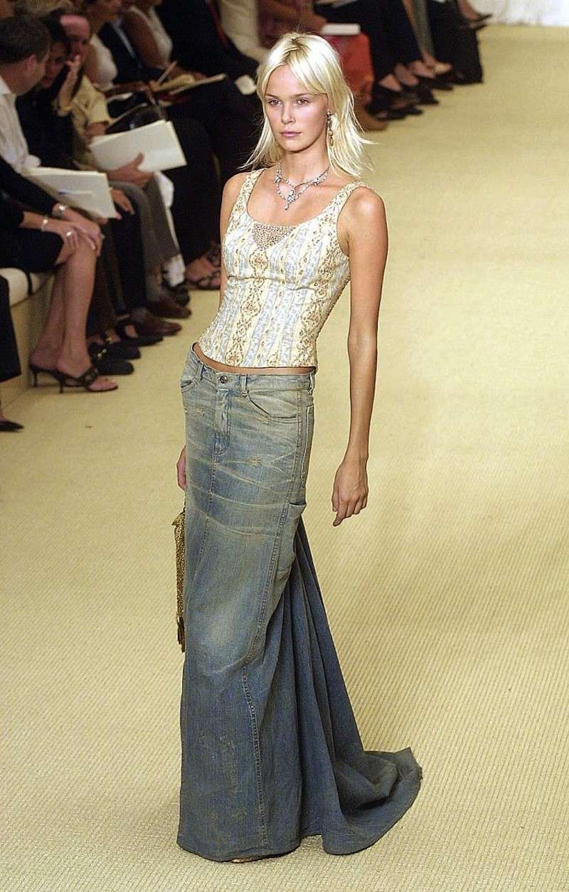 Gonna di jeans: come portarla [FOTO]