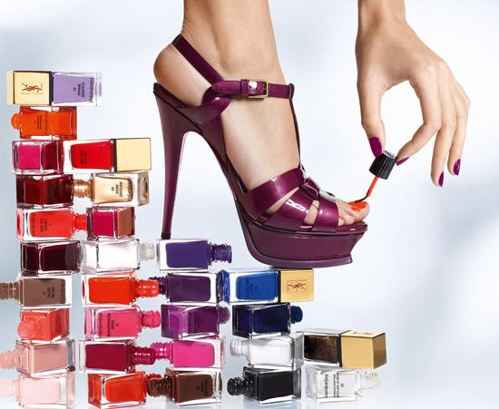 Smalti Yves Saint Laurent, colori iconici nella collezione La Laque Couture