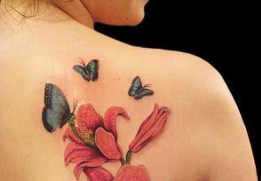 Tatuaggi fiori: i più colorati e femminili [FOTO]
