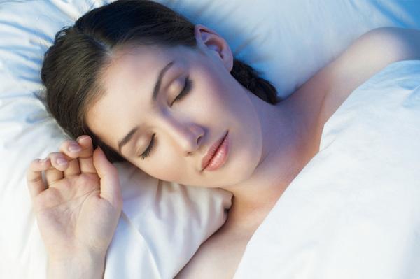 Tutti i benefici del sonno per la nostra bellezza