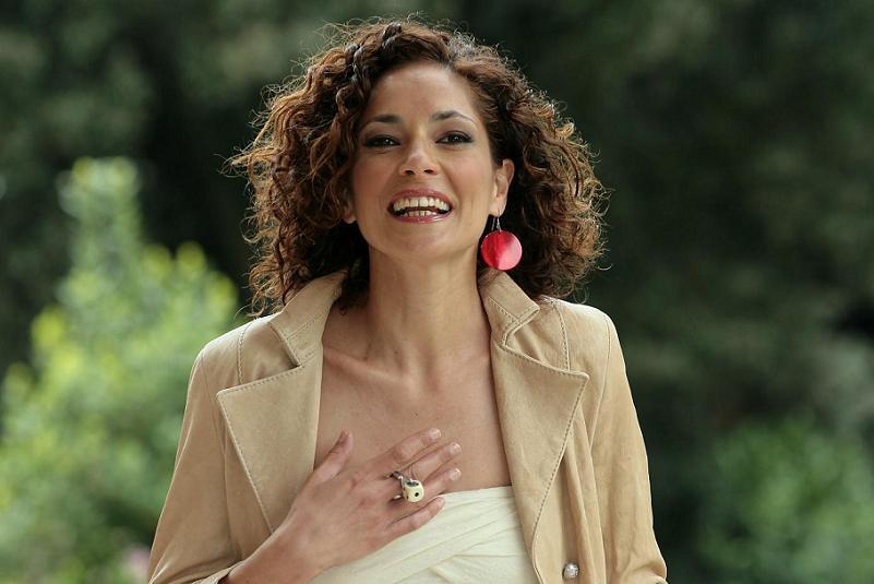 Simona Cavallari: dopo Daniele Silvestri ha pensato al suicidio