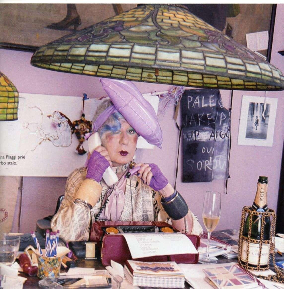 Anna Piaggi, morta la giornalista di moda più eccentrica [FOTO]