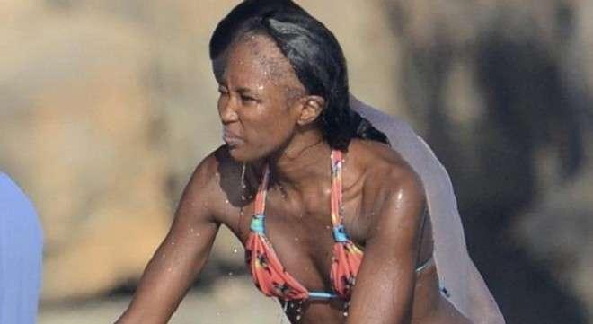 Naomi Campbell è calva [FOTO]