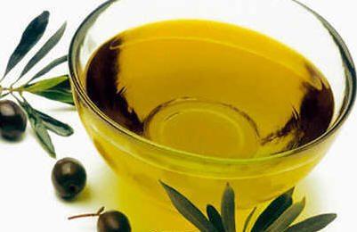 Dieta mediterranea, olio d'oliva alleato del benessere