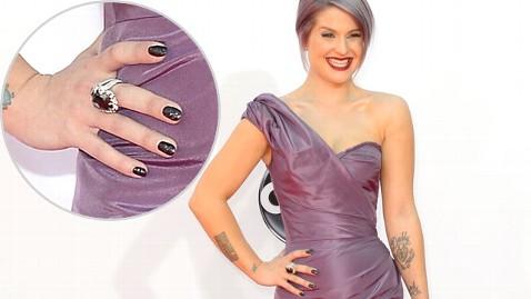 Manicure da 250mila dollari per Kelly Osbourne