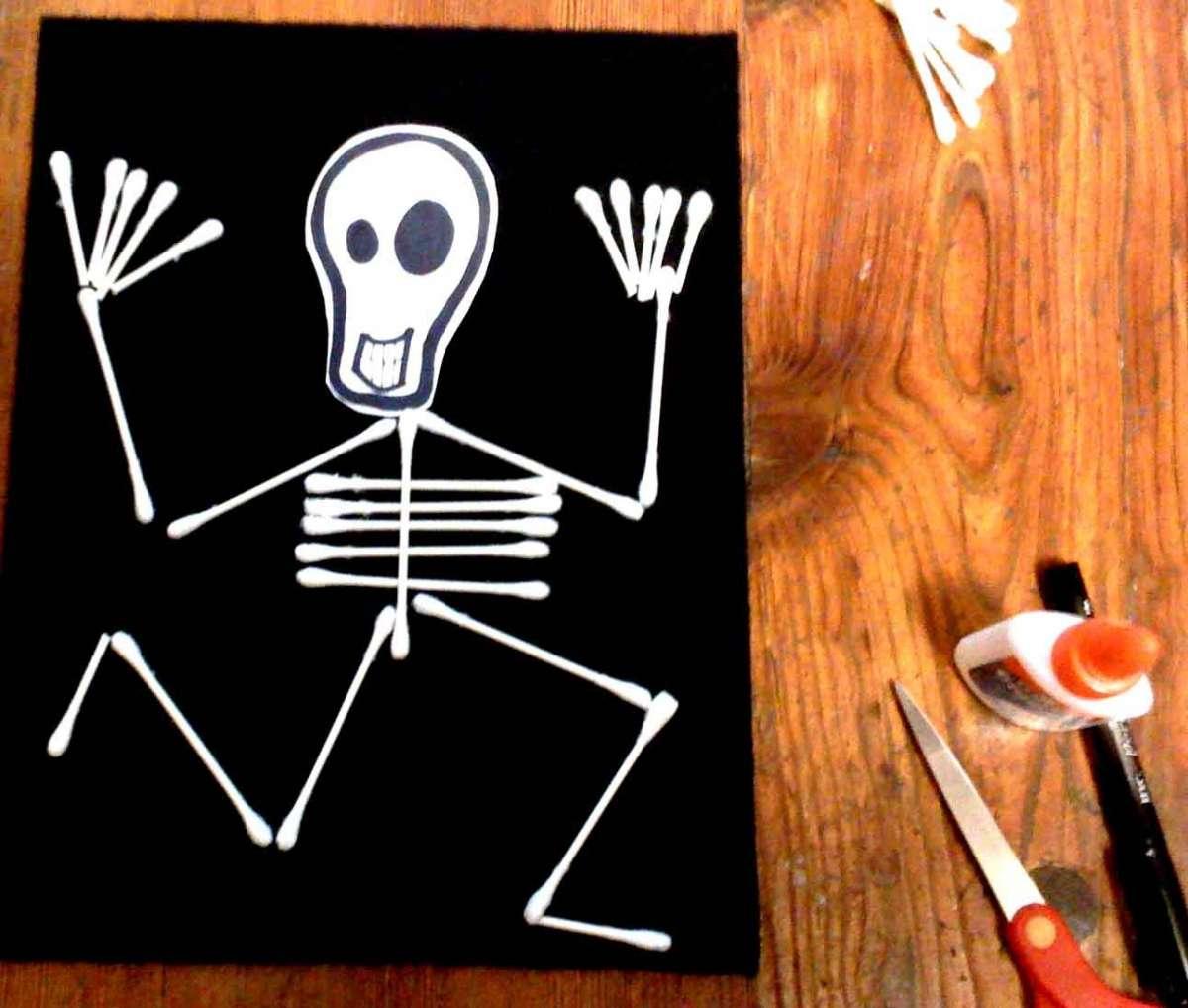 Lavoretti Halloween per bambini da fare in casa o a scuola