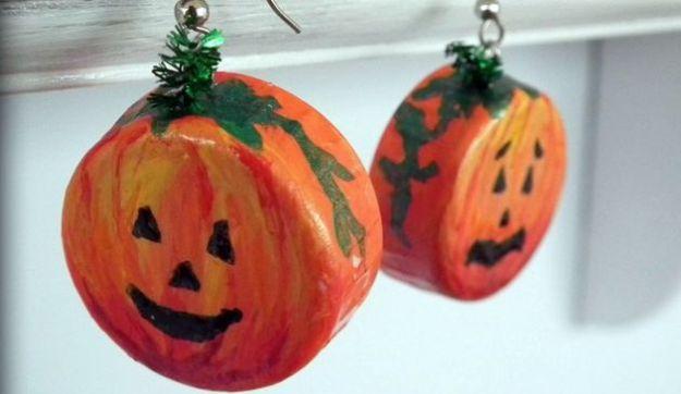 lavoretti halloween riciclo creativo tappi zucche