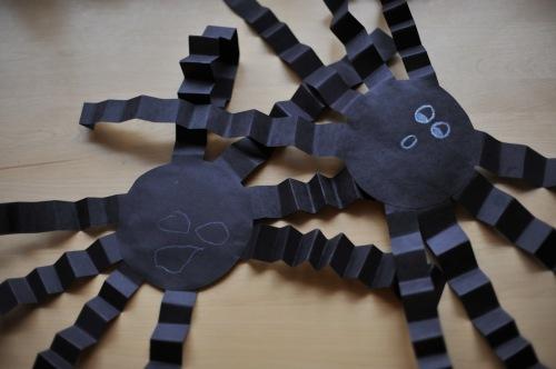 ragni di carta