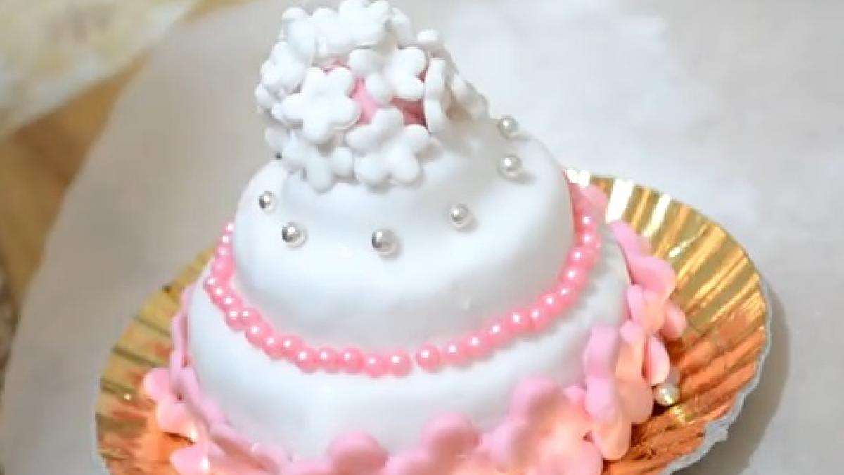 Cake design ricette e tutorial per torte in pasta di zucchero FOTOVIDEO