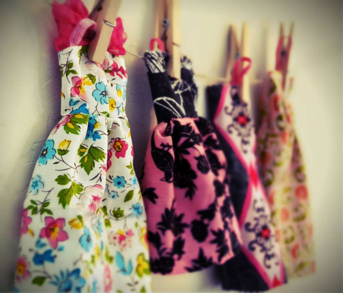 Vestiti per Barbie fai da te  modelli e tutorial  FOTO   7ce79138246