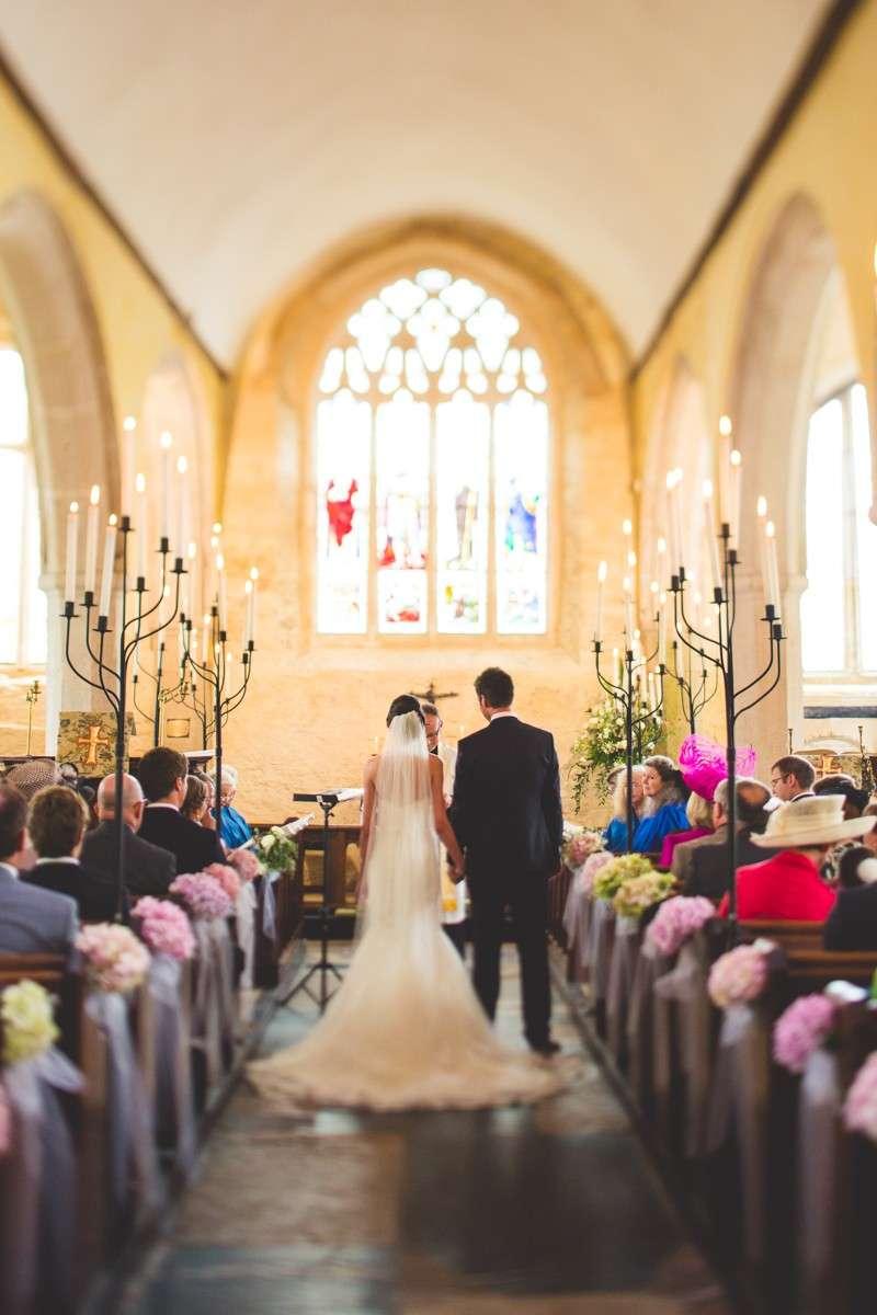 Addobbi per la Chiesa: tante idee per il tuo matrimonio [FOTO]