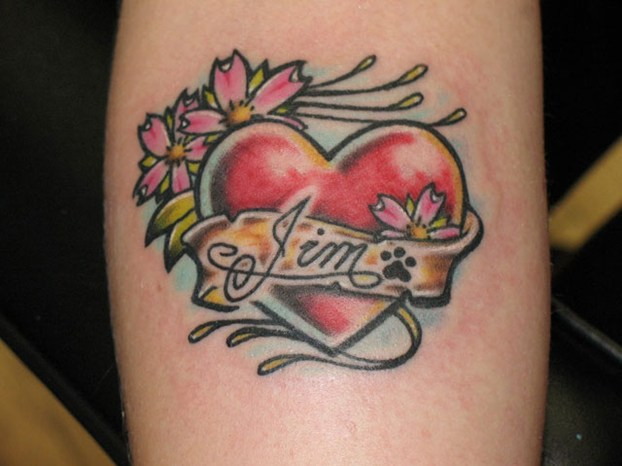 tatuaggi nome fiori cuore