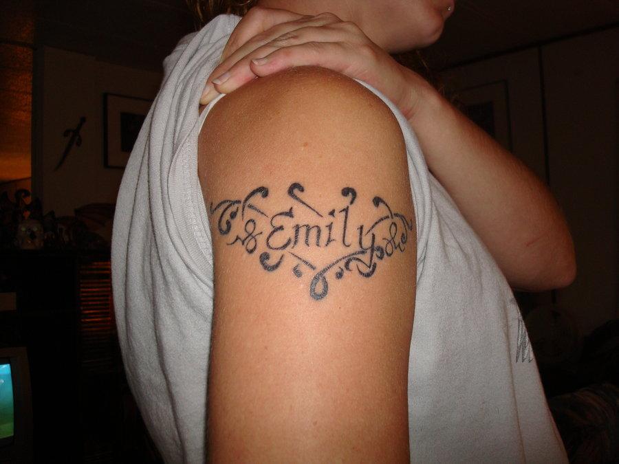 tatuaggi nome semplice